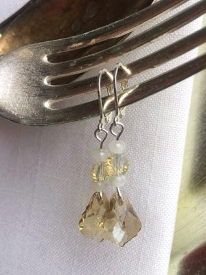 Scalloped Crystal Champagne Earrings